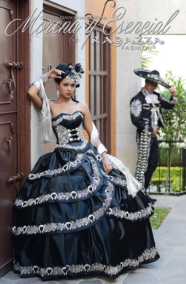 Vestido Charro en color negro, con detalles en color plata ...