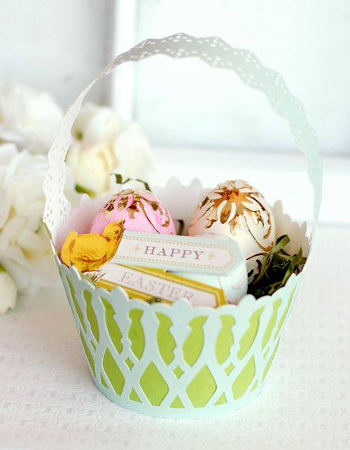 Learn how to make this paper Easter basket with the Cricut Explore: http://annagriffin.com/content/annas-blog/april-2014/2014/04/08/beautiful-in-the-making-2-diy-easter-basket