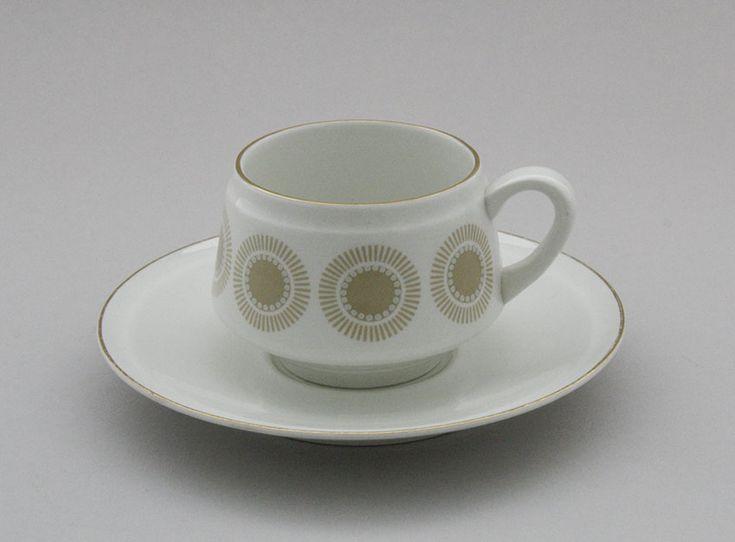 Arabia, kahvikuppi, Bellis Design, Richard Lindh. Koriste, Olga Osol. Vuosi, 1967-72. 28€