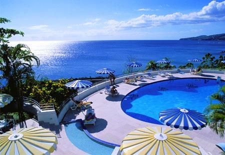 Je dois aller ('a) La Martinique, parce qu'il j'ai etudier pour l'ecole et je…