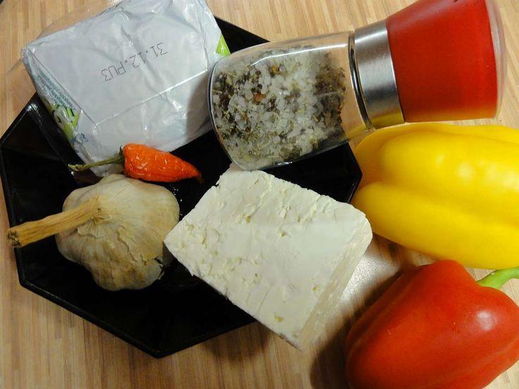 Jak připravit pikantní sýrovou pomazánku   recept