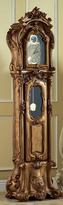 Antiguo reloj de péndulo