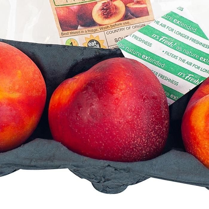 Developed by packaging company It's Fresh, the small squares of paper absorb ethylene—the ripening hormone in fruit—to keep produce fresh for longer.