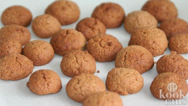 Deze zelfgemaakte kaneel-pepernoten zijn o zo lekker en je hebt er maar 4 ingrediënten voor nodig!