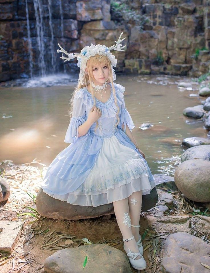 #LolitaUpdate: AmaStacia -The Song in the Forest- Lolita OP Dress: http://www.my-lolita-dress.com/amastacia-the-song-in-the-forest-elegant-lolita-op-dress-with-front-open-design