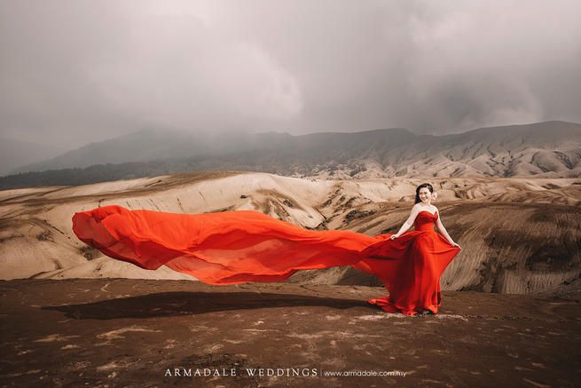 Unique prewedding location, Mt. Bromo Prewedding
