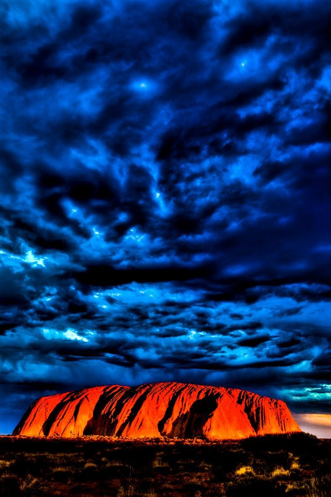 Ayers rock (Uluru) Sunset, Australia