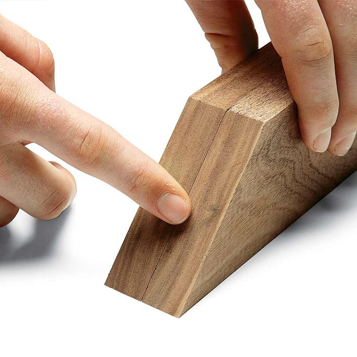 Feel the Difference: 13 Tips for Perfect Miters Every Time http://www.familyhandyman.com/woodworking/perfect-miters-every-time