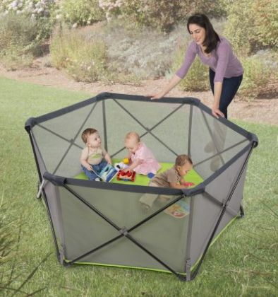 Best camping gear for babies-portable play pen 2