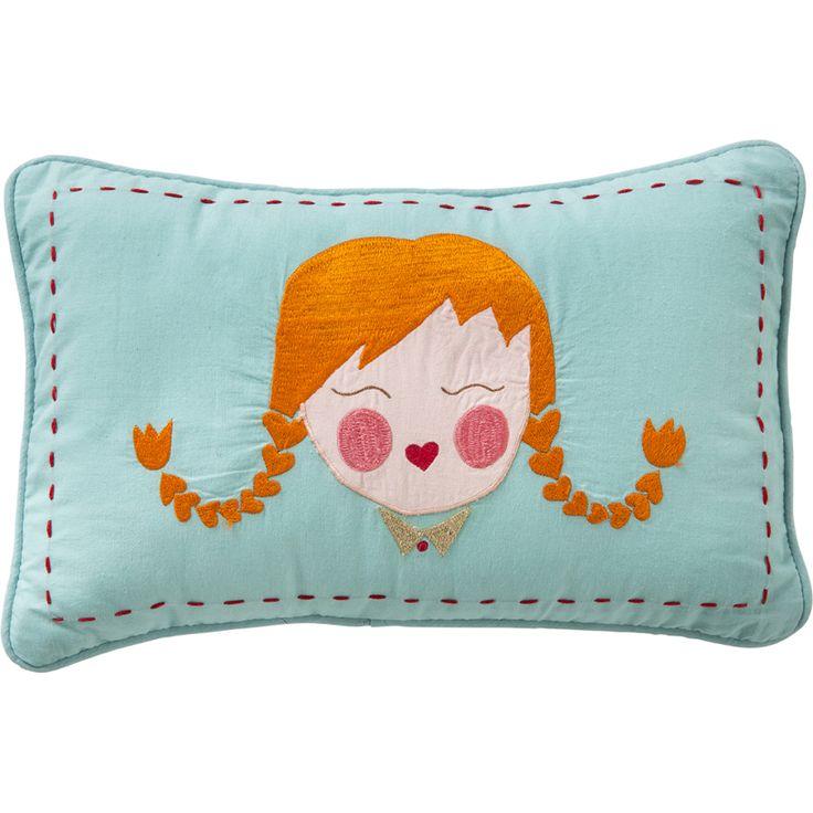 Sevimli kız işlemeli mavi yastık.