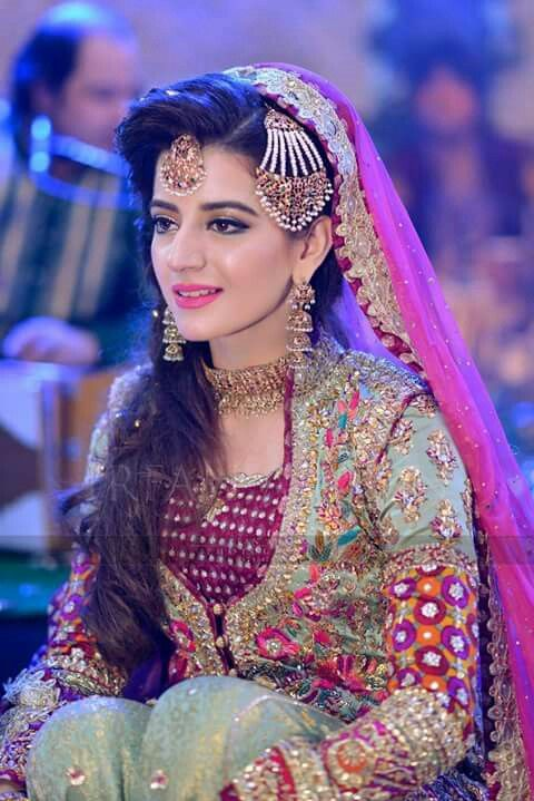Look at the jhoomar  ✿❤❤❤♥For More Follow On Insta @love_ushi OR Pinterest @ANAM SIDDIQUI ♥❤❤ ❤✿«