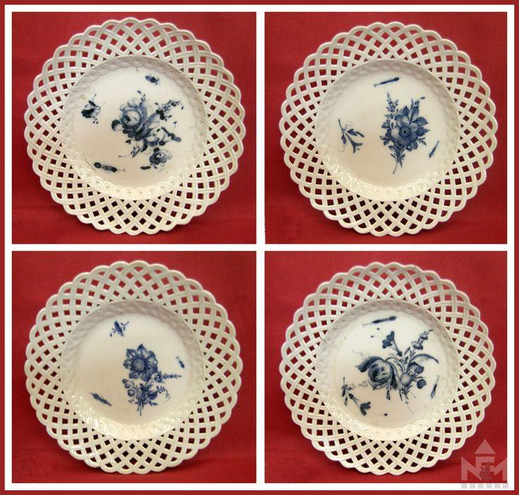 Meisseni tányérok a 19. század elejéről.