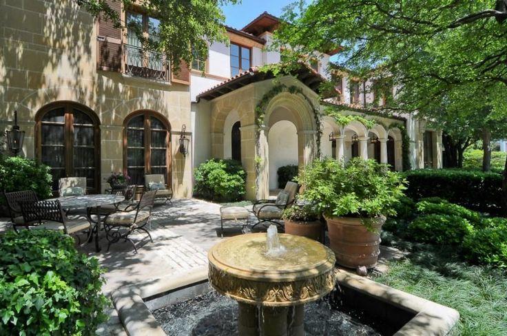 Entry courtyard mediterranean estate dallas dallas for Mediterranean houses for sale