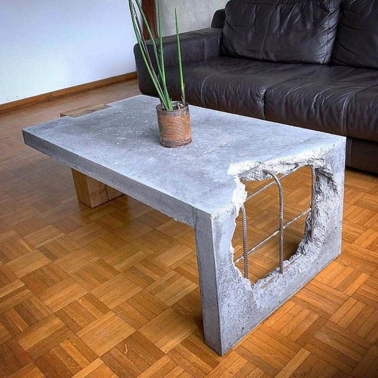 Concrete and Wood coffee table! ⠀ .⠀⠀ Show your work – Email for features⠀⠀ .⠀⠀ @ArtisanBorn #artisanborn⠀ .⠀ made by @adortable