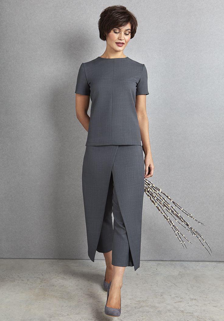 25 best ideas about spa uniform on pinterest salon wear for Spa receptionist uniform design