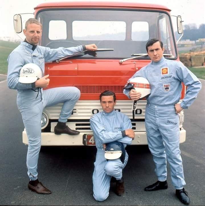 John Whitmore, Jim Clark & Jackie Stewart (ph: © Ford Motor Company)