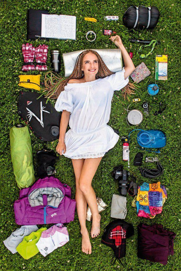 Podróżniczka Kamila Kielar jest w trakcie pięciomiesięcznej zimowej podróży przez Jukon w Kanadzie. Potrafi budować schronienia, rozpalać różne rodzaje ognisk, rozpoznawać tropy zwierząt. Strach? Gdy pojawia się niedźwiedź, strach mija. Trzeba działać