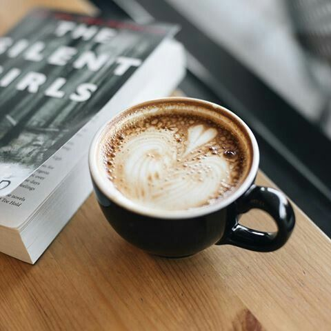 The love affair between coffee and books