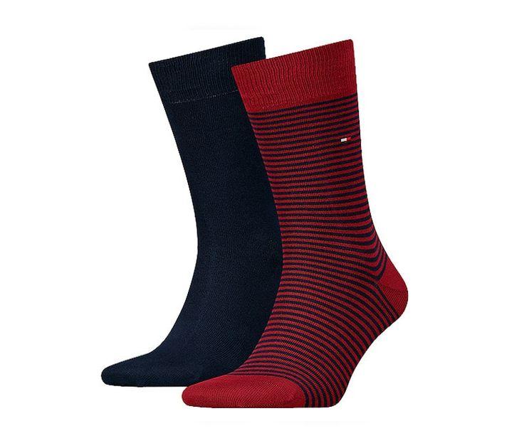 Descubre los Packs de calcetines de Tommy Hilfiger. Los calcetines están de moda, con colores nada discretos y muy juveniles. Descubre + modelos en varelaintimo.com