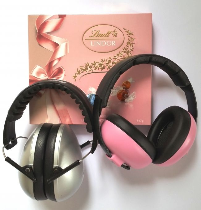 Enter to win: Sweetheart Valentine's Day Giveaway! Win your choice of Baby Banz Earmuffs from our Plainz range, plus romantic Lindor chocs for Mum