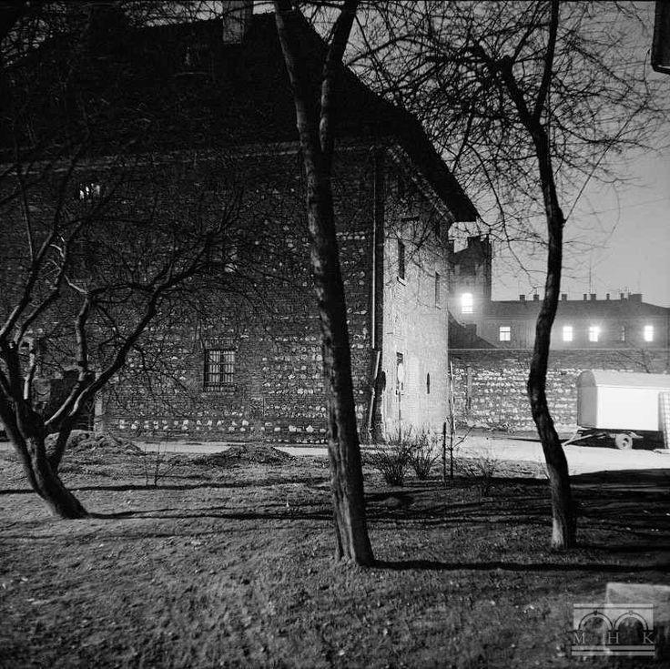 Stary Spichlerz, pl. W. Sikorskiego 6 Autor/Wytwórca: Henryk Hermanowicz Czas powstania: 14.08.1980