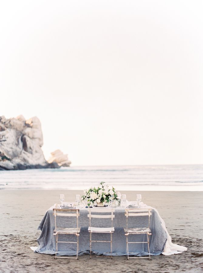 Coastal winter white wedding inspiration: http://www.stylemepretty.com/2016/01/19/coastal-winter-white-wedding-inspiration/ | Photography: Sally Pinera - http://sallypinera.com/
