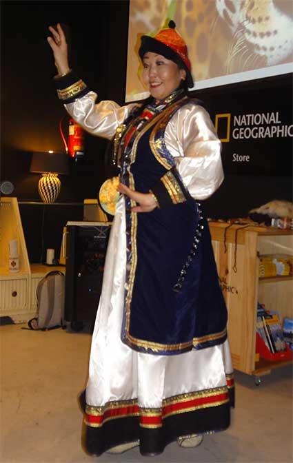 Danzas de Buriatia en Madrid National Geographic.