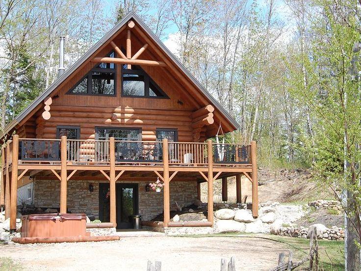 Location du chalet au chalet en bois rond qu bec for Maison bois rond