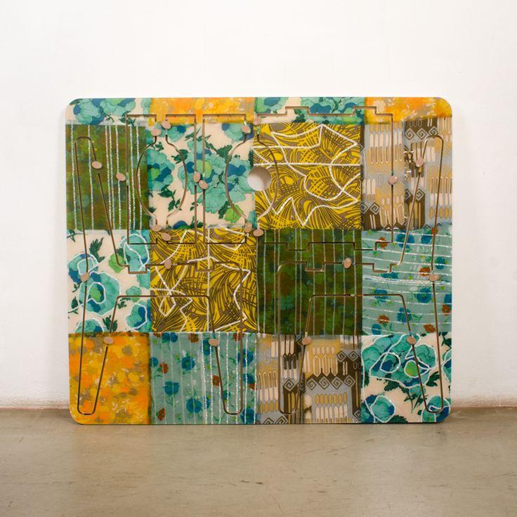sedia con patchwork di abiti anni '70 - dimensioni 100 x 110 x 2 cm
