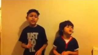 2 мальчика поют бруно марс.mp4, via YouTube.