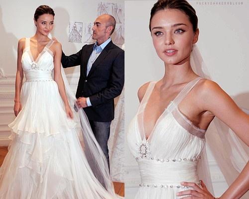 75 best celebrity wedding dresses images on pinterest celebrity miranda kerr wedding dress 2013 love this dress junglespirit Gallery