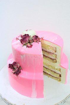 Муссовый Клубничный Торт Двухъярусный