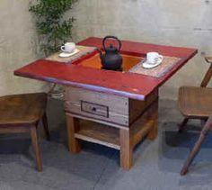 杏詩木[アンディゴ]の囲炉裏テーブル