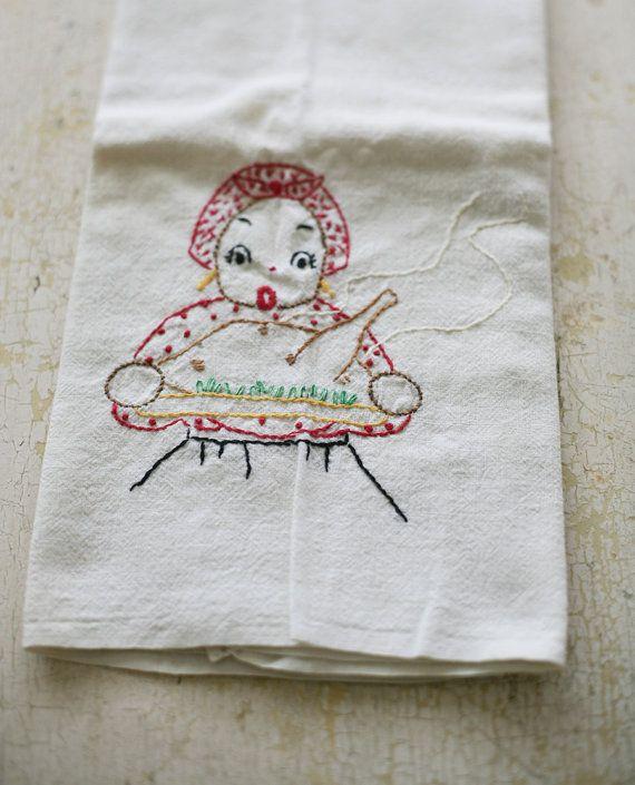 25 Best Images About Vintage Tea Towels On Pinterest Vintage Kitchen Towels And Clotheslines