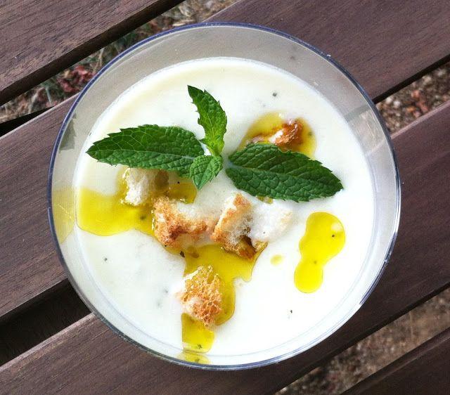DELICATESSEN: Crema fría de melón con yogur griegoEl blog de Secretariaevento | El blog de Secretariaevento