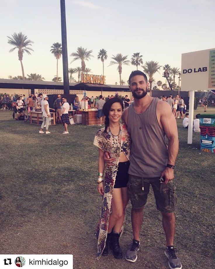 "23.1 mil Me gusta, 64 comentarios - Brant Daugherty (@brantdaugherty) en Instagram: ""#Repost @kimhidalgo ・・・ Coachella with the fella, @brantdaugherty. Outfit styling by lil' sis…"""