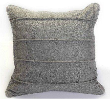 Grey Wool Throw Pillow : 17 Best images about kussens on Pinterest Linen pillows, Grey pillows and Cute pillows