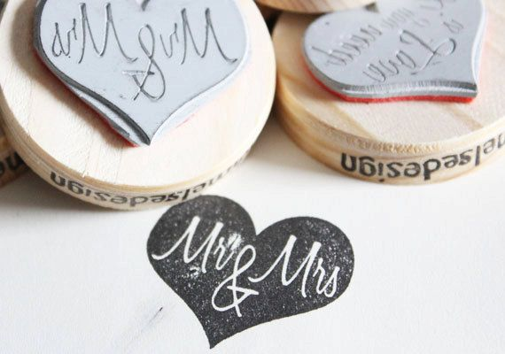 Mr & Mrs. Nice to use for your wedding decoration!