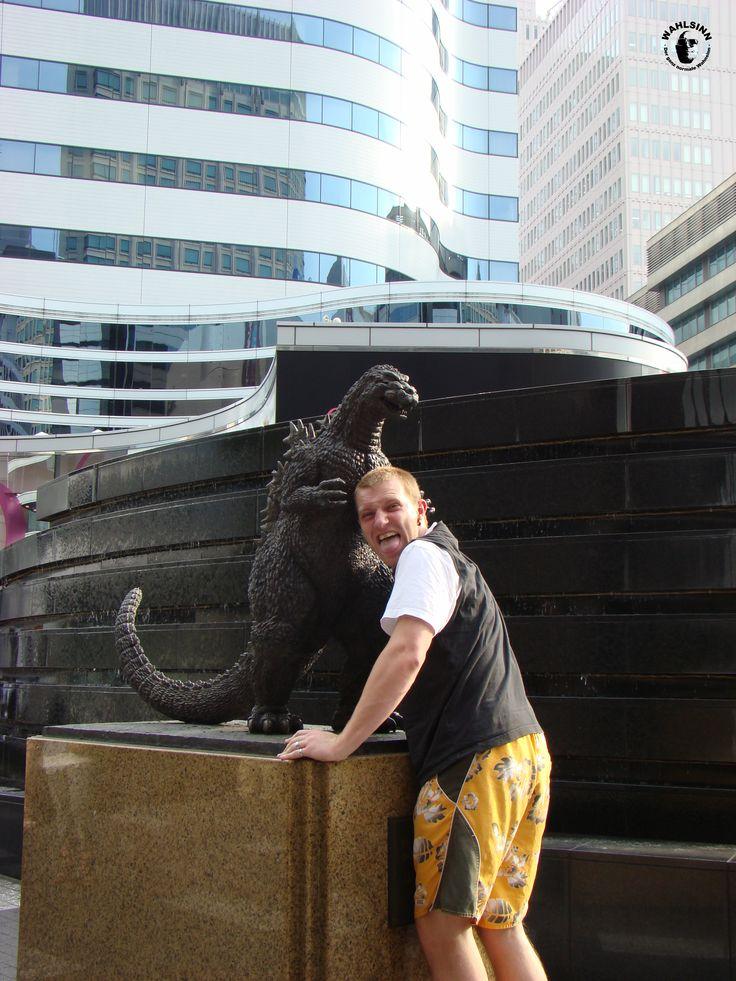 Japan // Tokio - Godzilla Statue