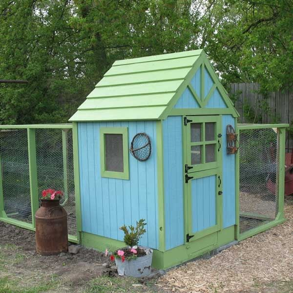 Love chicken coops coop dreams pinterest coops for Cute chicken coop ideas