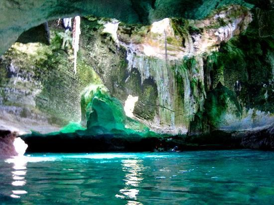 Thunderball Grotto in Exuma Bahamas - wonderful day and wonderful vacation with the Barones!
