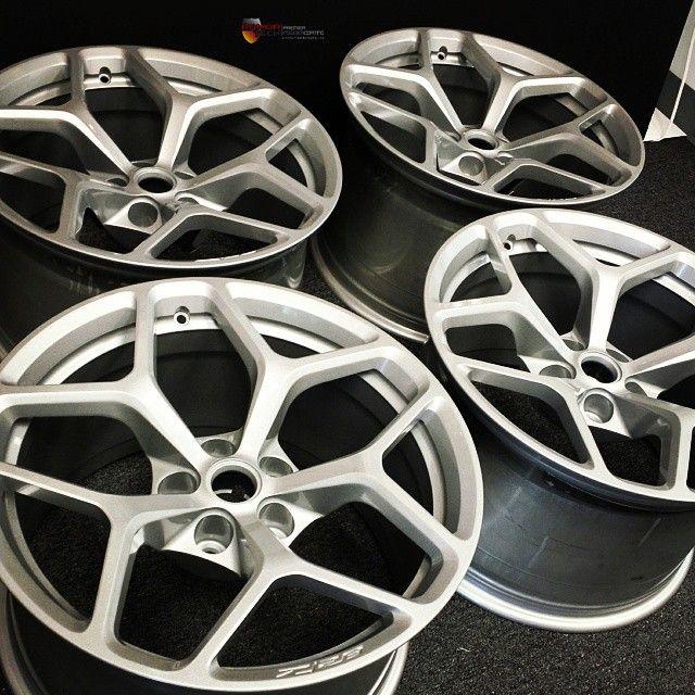 Brand spanking new Camaro Z28 wheels powder coated metallic silver. #wheellovers #wheels #powdercoated #powdercoating #Camaro #z28 #Chevy #Chevrolet #musclecars #armortech #customizedwheels #customize #silver #Florida #ftlauderdale #palmbeach