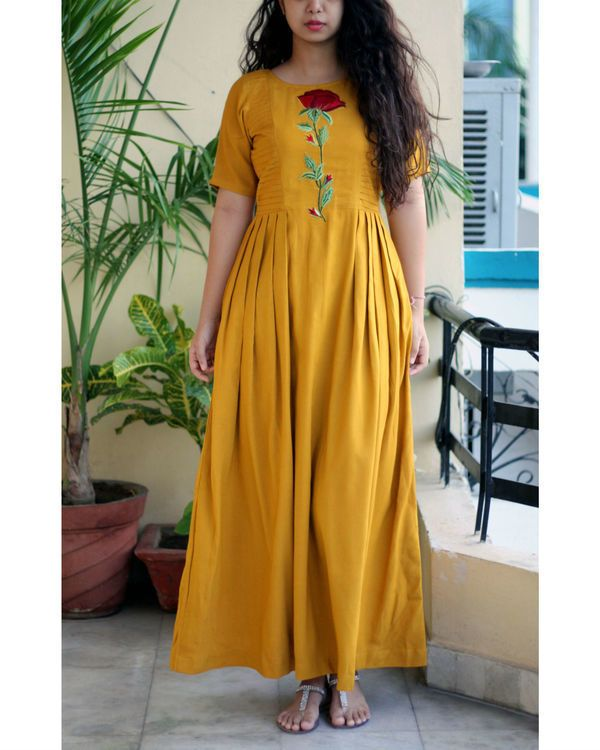 ff42694bef Pin by Swapna on Salwar in 2019 | Kurti, Yellow kurti, Kurta neck design