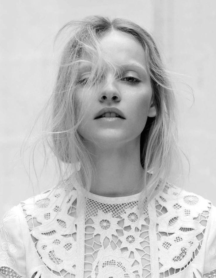 Fashion Photography - black & white fashion editorial // Ph. Santiago & Mauricio Sierra