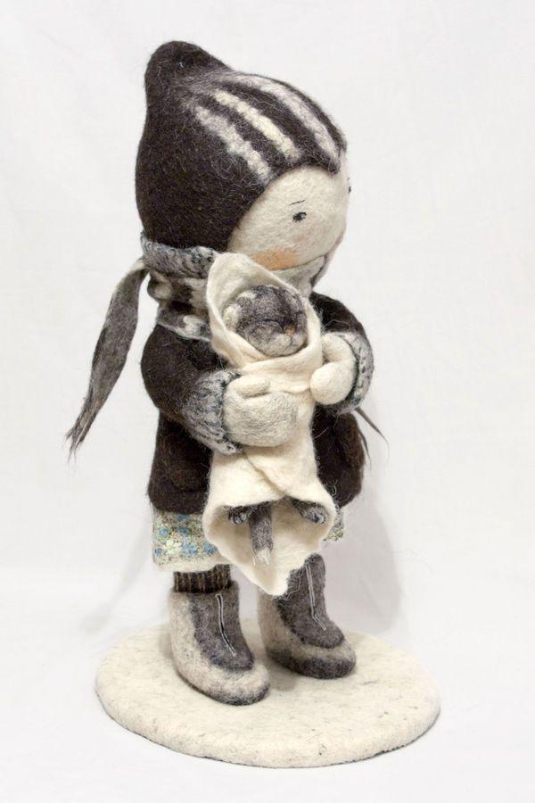 Esculturas de lana de Irina Andreeva en Revista Kireei. Una preciosidad absoluta.
