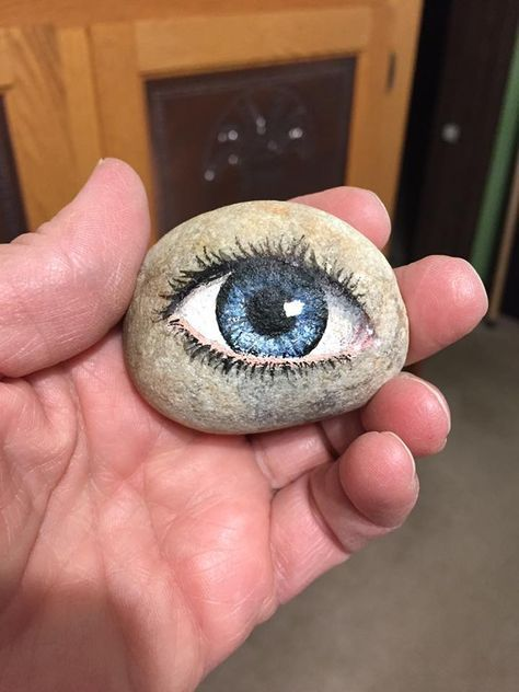 PRETTY CLEVER rock painting patterns | how to make painted rocks | painted rocks craft | Painted rock ideas