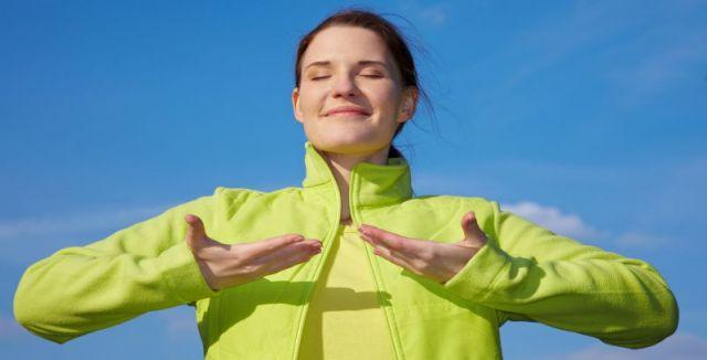 Správné dýchání pozitivně ovlivňuje celé tělo, po psychické i fyzické stránce.