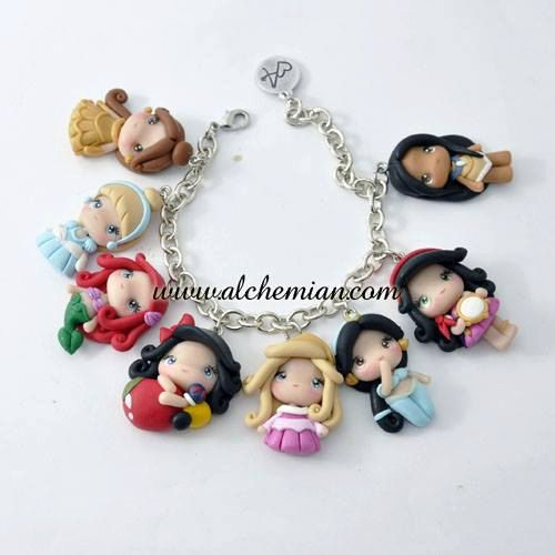 Disney Princesses necklace in FIMO par AlchemianShop sur Etsy