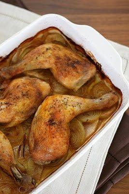 Csibe: Sült csirkecomb almás hagymaágyon
