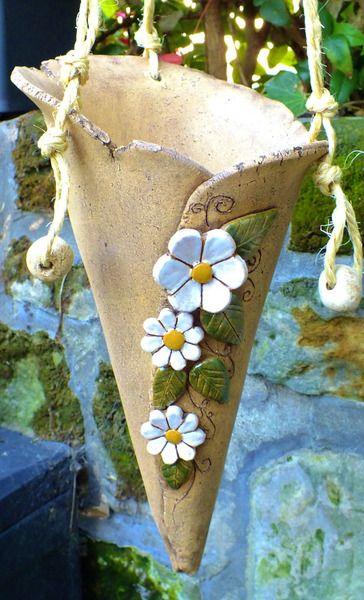 Elfenhorn Gartenkeramik Keramik Unikat Pflanztüte von Terra-Cottage auf DaWanda.com
